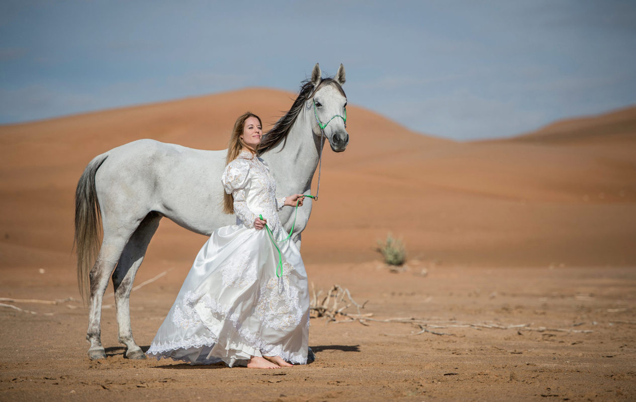 IMMORTALIZE YOUR MEMORIES -EMIRATES-DUBAI-DESERT-BRIDAL-PHOTOS-BY-SASKIA-MARLOH