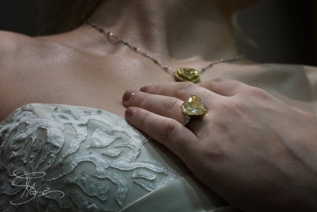 Bride-Jewellery-Dubai-uae-female-wedding-photographer-6