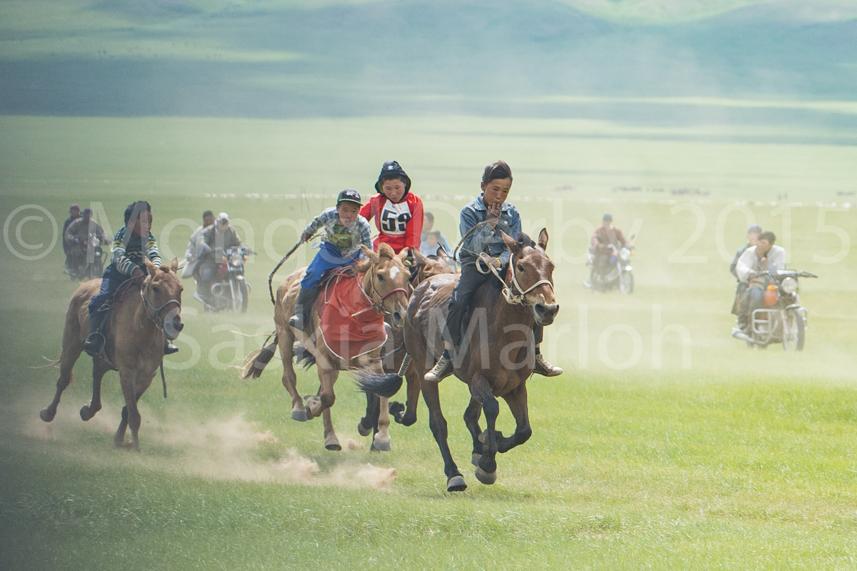 2015-08-04-Mongol-derby-nadaam-pre-launch-by-saskia-marloh-21