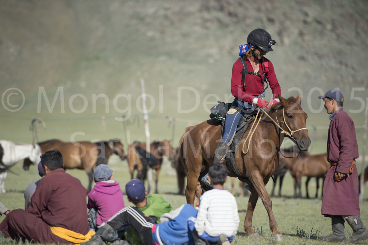 2015-08-09-day-5-urt-14-18-mongol-derby-by-saskia-marloh-63